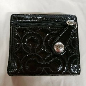 BN BLACK PATENT COACH SIGNATURE WALLET